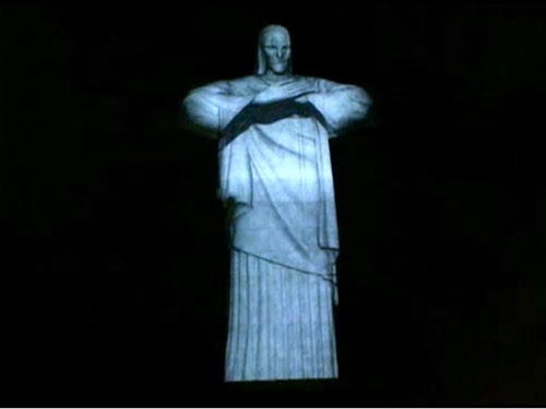 Incrível Abraço do Cristo Redentor em 3D