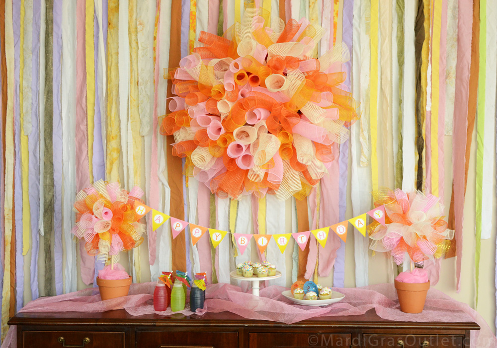 Party Ideas by Mardi Gras Outlet: DIY Party Puffs & Topiary with ...