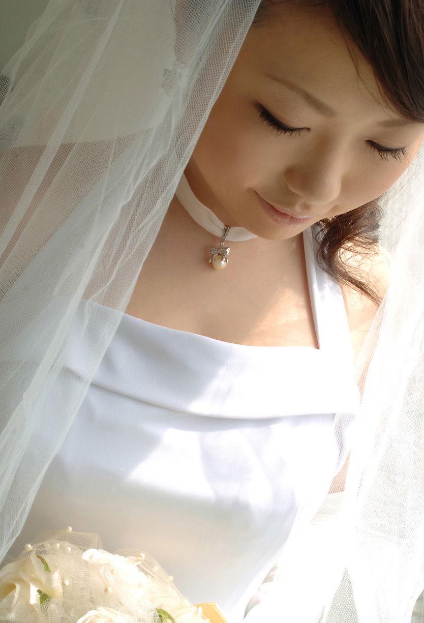www.celebtiger.blogspot.com Busty Asian Rio nude 00 Busty Asian Babe Rio Hamasaki Going Nude In Bride Lingerie HQ Photos