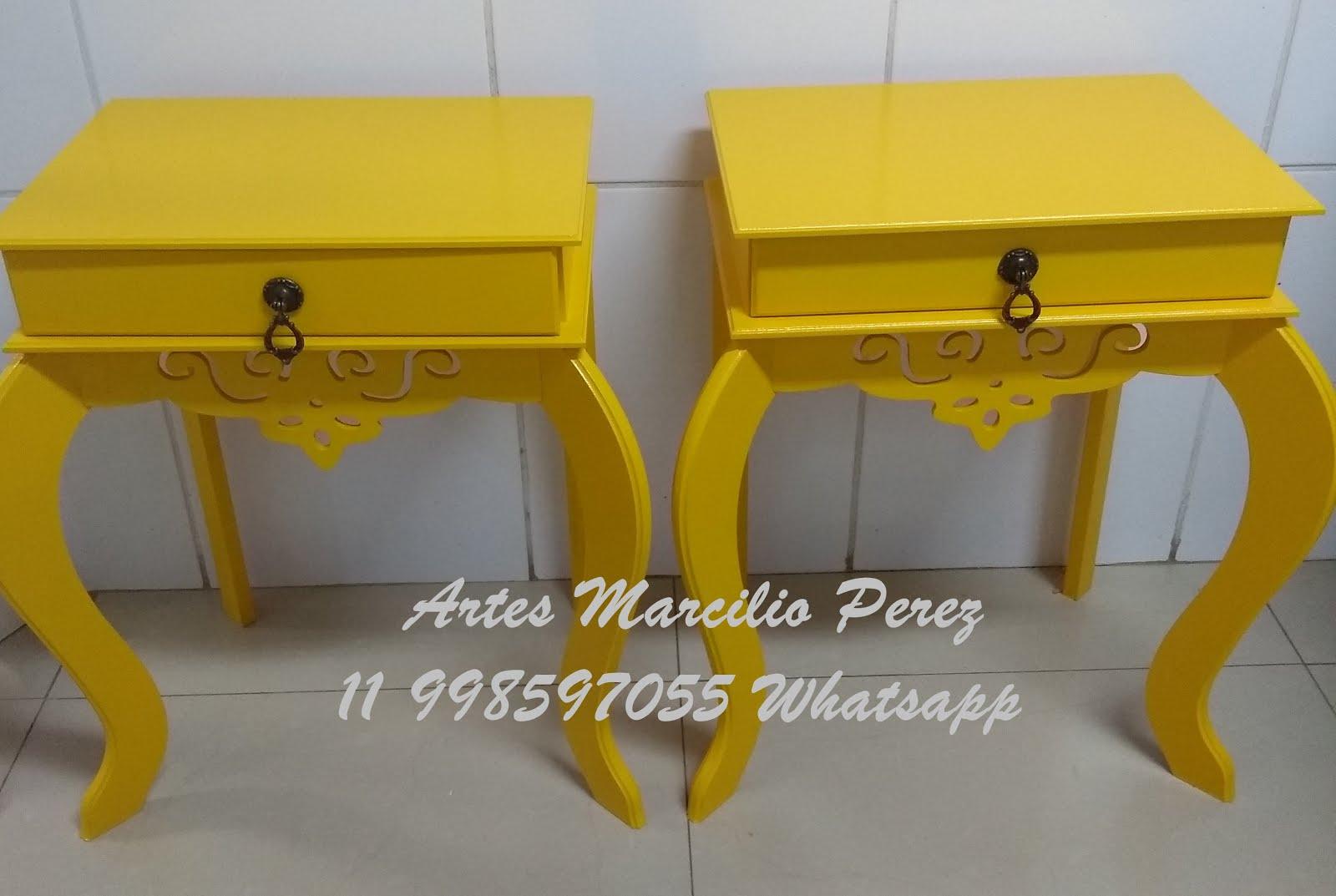 criado mudo amarelo R$ 110,00