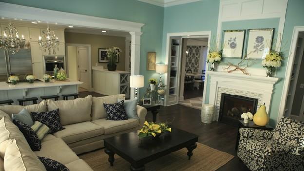 Monroe makeshift living room inspiration for Extreme home makeover designers