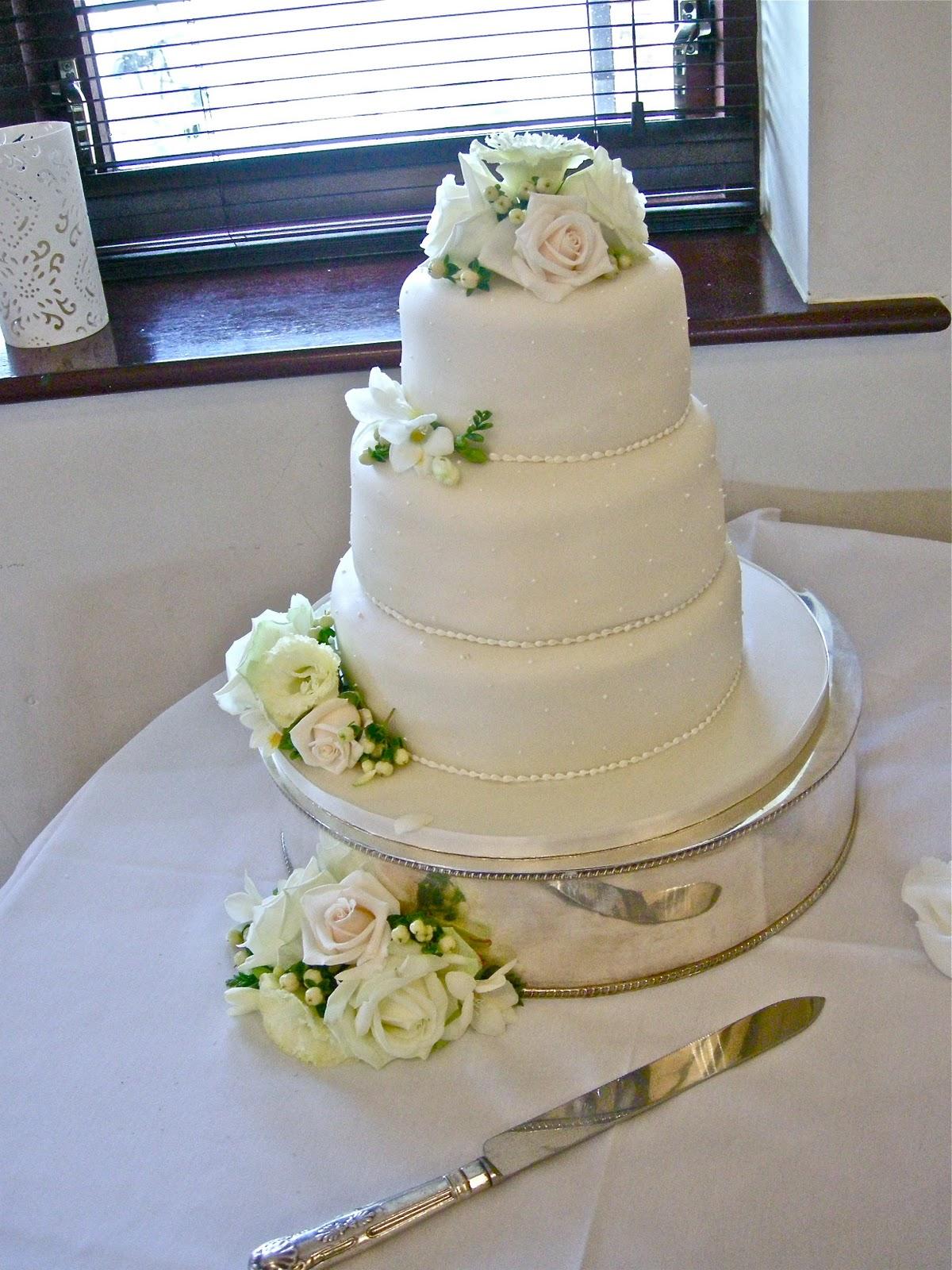 Wedding Flowers wedding cake flowers