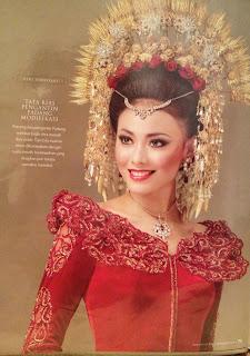 "<a href="" http://1.bp.blogspot.com/-CEHT5h2V7MI/UQ4BZCObuhI/AAAAAAAABgw/fV353FhatUU/s320/wulandari+putri+indonesia+2013.3.jpg""><img alt=""biodata putri indonesia 2013, Perempuan Minang Raih Putri Indonesia 2013,Foto wulandari putri indonesia 2013"" src=""http://1.bp.blogspot.com/-CEHT5h2V7MI/UQ4BZCObuhI/AAAAAAAABgw/fV353FhatUU/s320/wulandari+putri+indonesia+2013.3.jpg""/></a>"