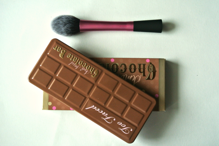 pudrijera noviteti toofaced semi sweet chocolate bar paleta real techniques cetke