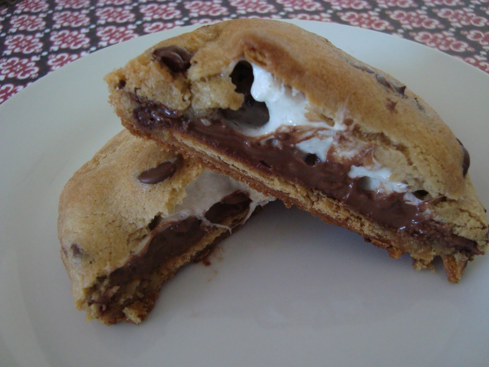 mores Stuffed Chocolate Chip Cookies ~ Dip it in Chocolate