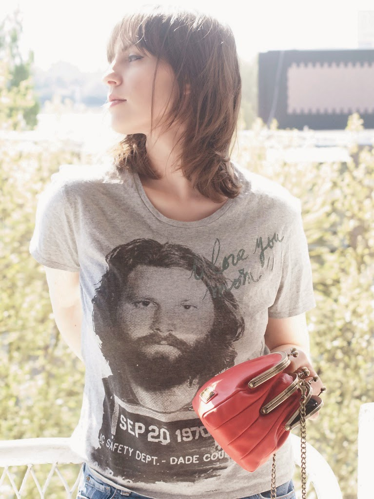 jim morrison, the doors, look vintage, avoir le bon look, look été, sac orange, les meilleurs escarpins, t-shirt rock, tenue rock, blog mode, blog fashion