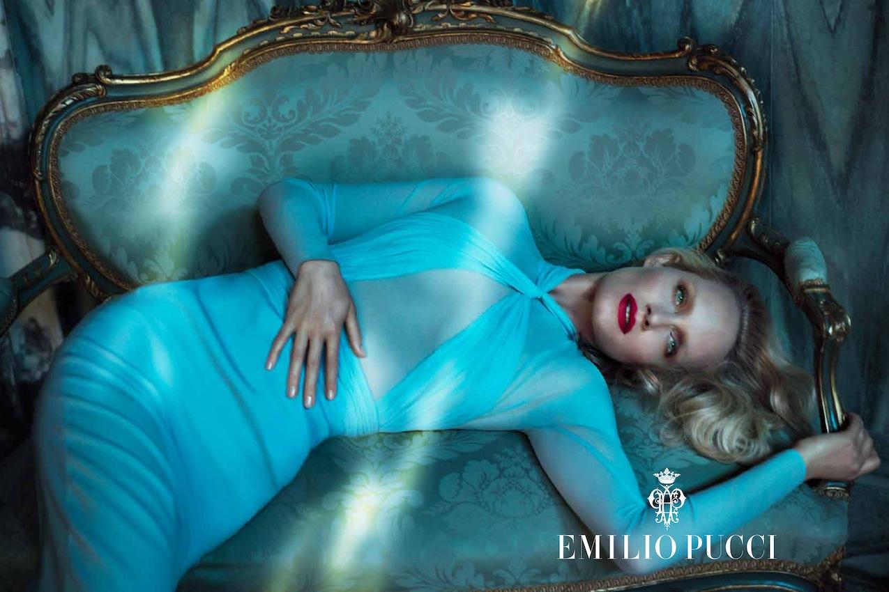 http://1.bp.blogspot.com/-CEXWCFal9AI/UGoZNxQy1qI/AAAAAAAAoWo/ievIfY9qC2Q/s1600/Amber+Valletta+by+Mert+&+Marcus+(Emilio+Pucci+Fall+2012)+6.jpg