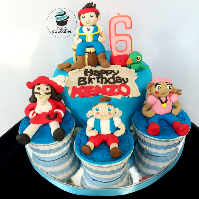 pirates cake and cupcake