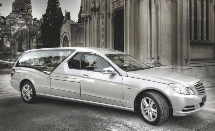 Corbillard modèle Stylo Mercedes Bens VF212