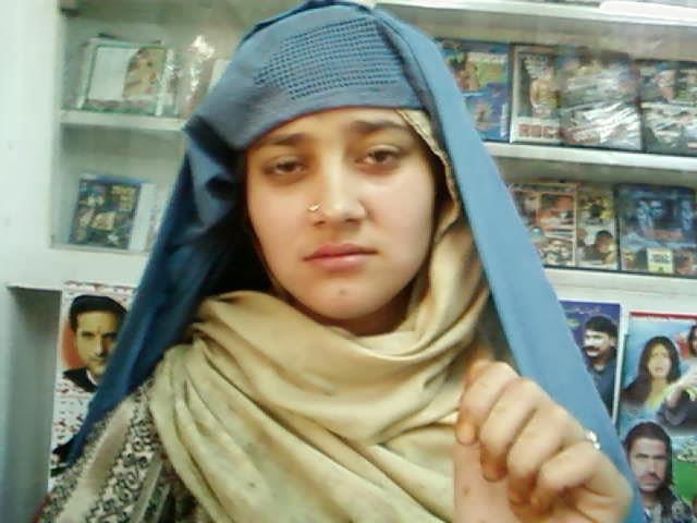 Cute Pakistani Pathan Pashto Aunty In Cd Shop