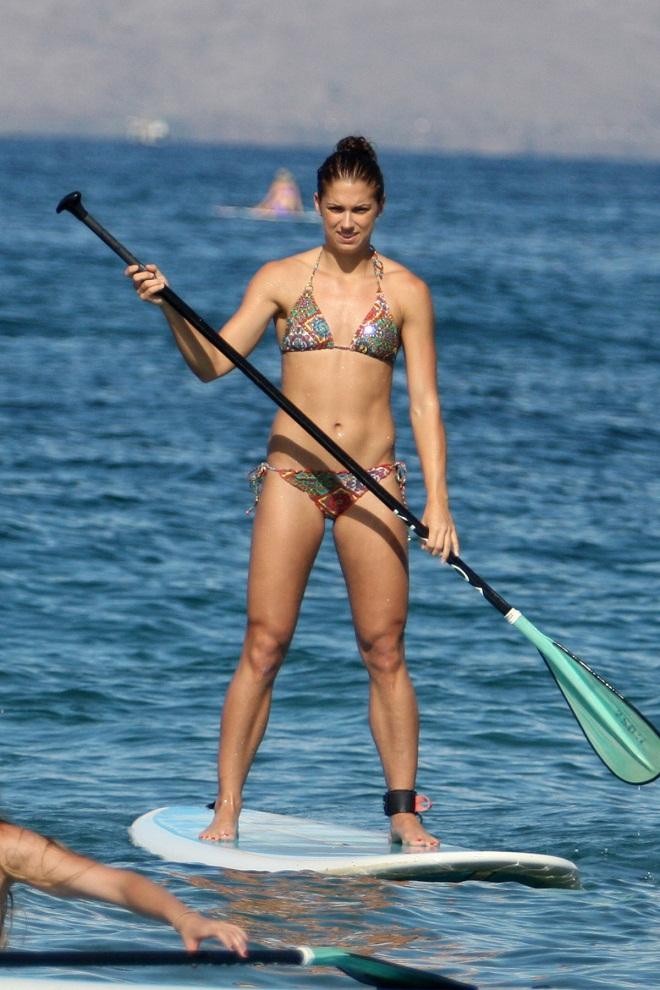 Alex Morgan Shows Off Bikini Body In Hawaii