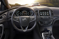 Buick Regal GS (2014) Dashboard