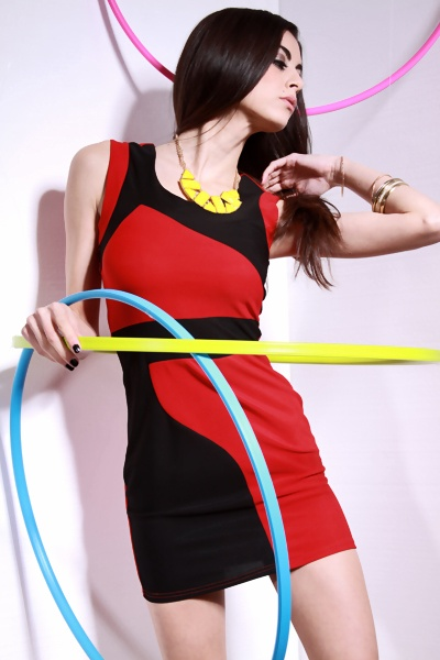 RED BLACK SEXY COLORBLOCK SCOOPNECK MOD MINI DRESS