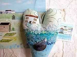 BEAUTIFUL SEASIDE TEXTILE ART HEARTS