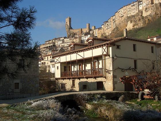 imagen_burgos_frias_castillo_ciudad_medieval_españa