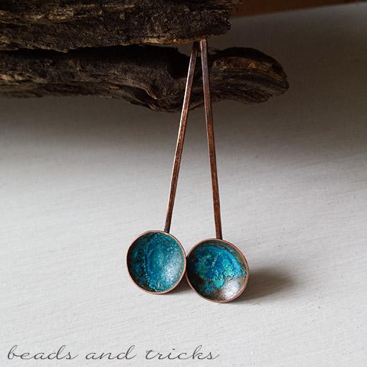 Orecchini in rame e argento 925, patina blu