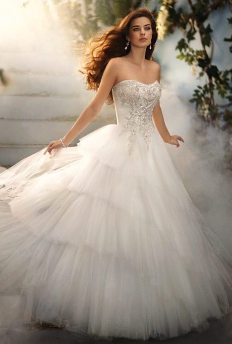 Blog of wedding and occasion wear 2014 fairy tale wedding for Fairy inspired wedding dresses