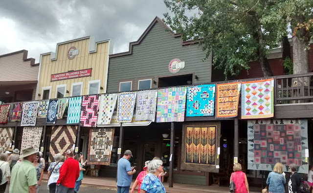The Pleasant Times: 2015 Sisters Outdoor Quilt Show : quilt shows oregon - Adamdwight.com