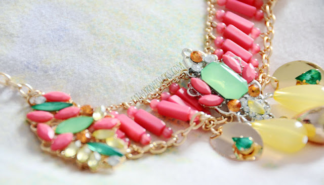 More close-ups of the Armada Pastel Bib necklace, included in the Bezel Box Mini jewelry subscription box.