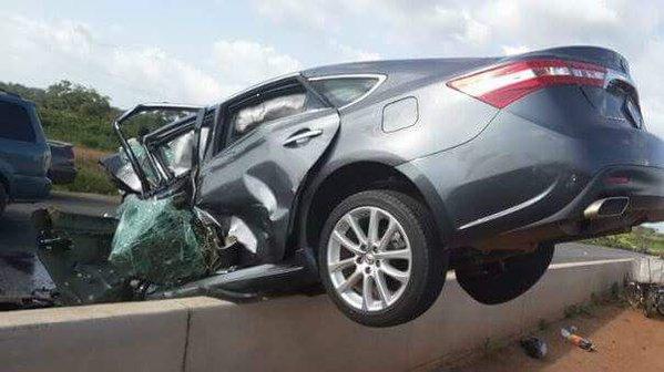 (photos) OMG! Ghastly Accident Along Kaduna-abuja Expressway Acc