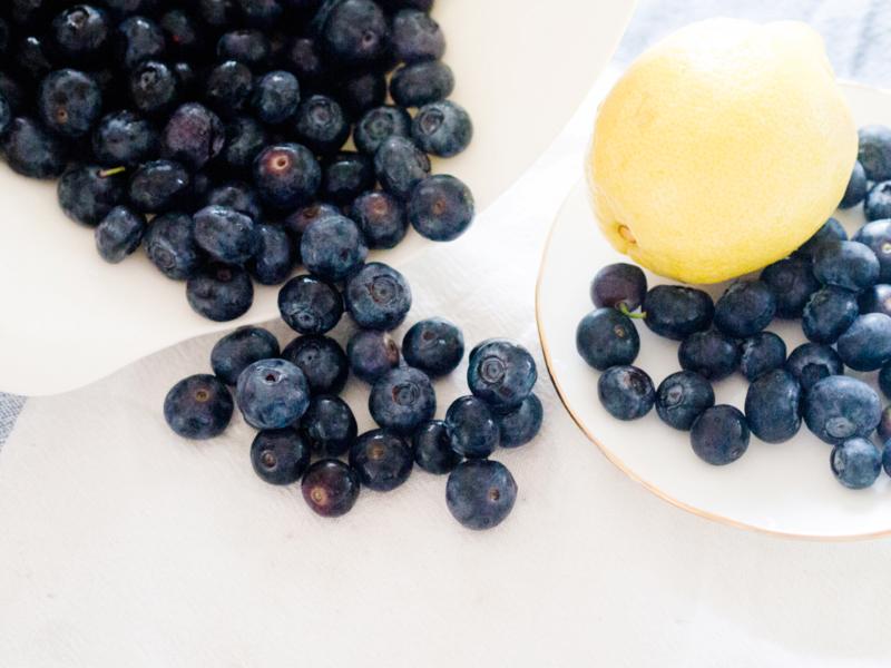i love food mini robot 39 s blueberry tart mademoiselle robot. Black Bedroom Furniture Sets. Home Design Ideas