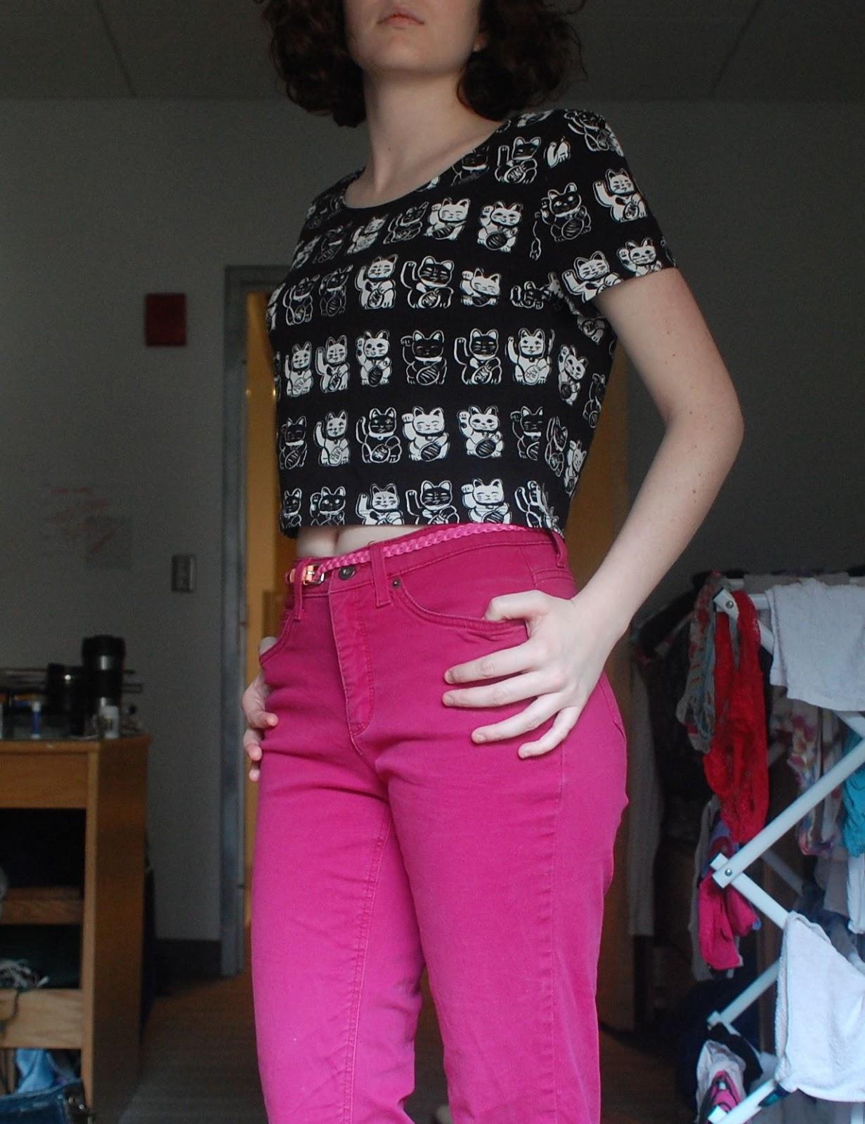 crop top and pink pants