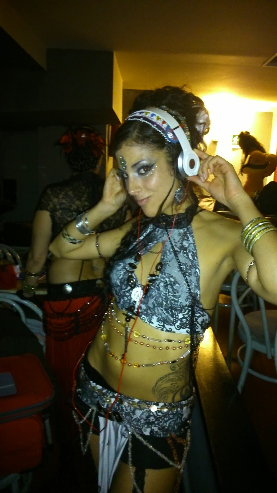 Generation Tribal Fest Vicky Qamar Danza