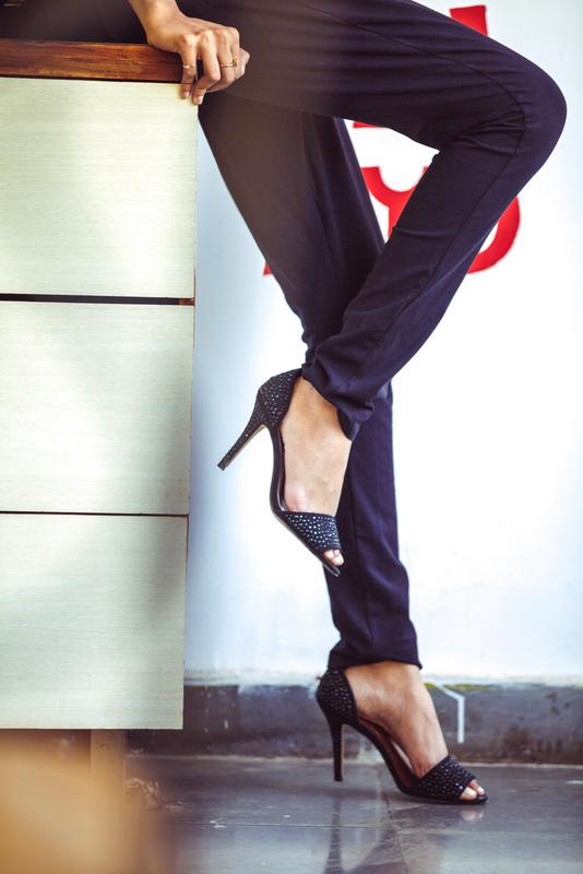stalkbuy love black and white jumpsuit, styling a jumpsuit, indian fashion blog, best indian fashion blog, the girl at first avenue fashion blog, top mumbai fashion blog, steve madden shoes, steve madden india black heels