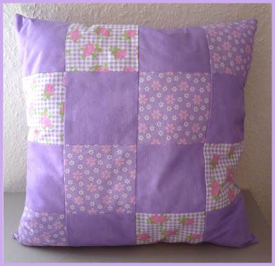 mutterhenne patchwork kissen n hen. Black Bedroom Furniture Sets. Home Design Ideas