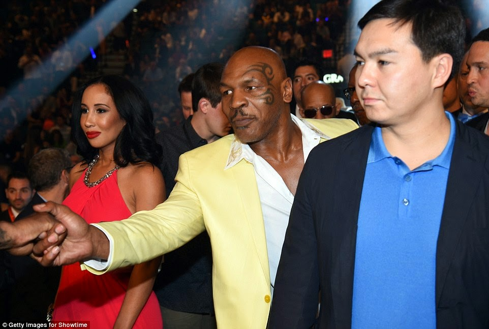 Mike Tyson - Mayweather vs Pacquiao Fight in Las Vegas
