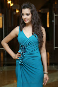 Diksha Panth Glamorous photos-thumbnail-4