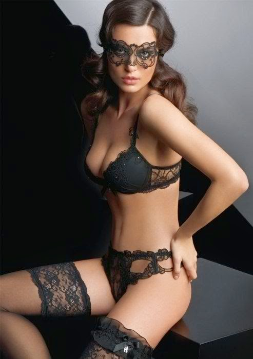 Hot and beautiful lingerie woman # : 7
