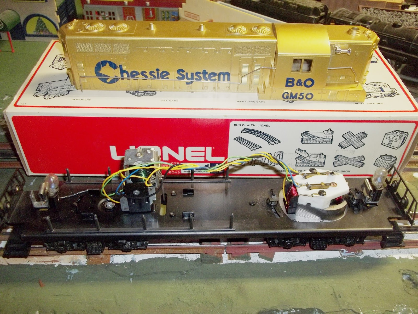3 rail fun here is the locomotive chassis with the shell removed cheapraybanclubmaster Gallery