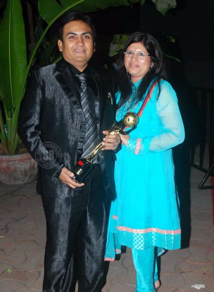 Tarak Mehta Ooltah Chashmah Cast Jethalal With His Real Wife