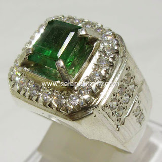 Batu Permata Green Emerald berryl Zamrud