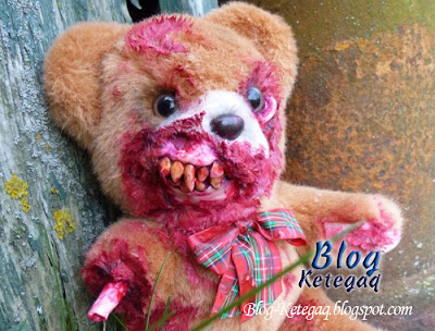 Zombie patung beruang yang mengerikan