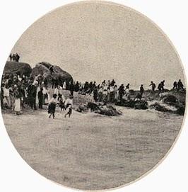 Os romeiros à beira mar