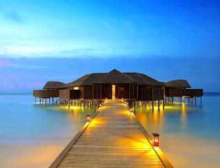 صورة مدهشة لمنزل فى البحر مبهر