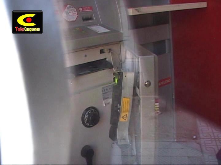 Frustran robo a cajero autom tico del banco santander c3tv for Cajeros automaticos banco santander