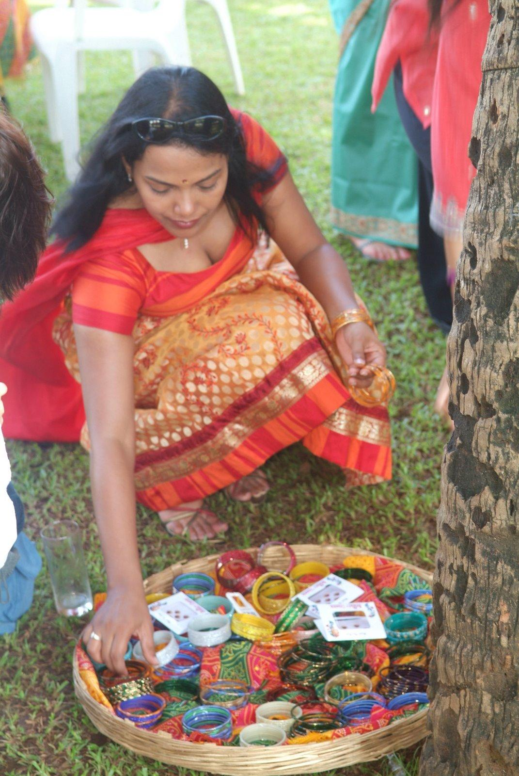 Village aunty fuck hidden camera see more wwwdatelivefun - 3 4