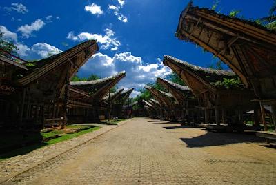 Sejarah dan Asal Usul Suku Toraja