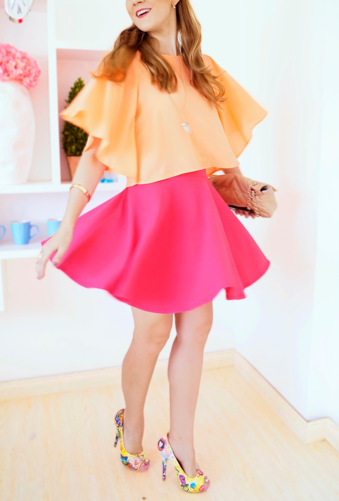 Love this pink and orange color combo for Spring!