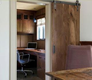 Fotos y dise os de puertas agosto 2013 for Puerta corredera interior madera