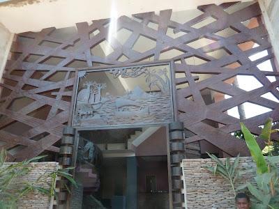 nosy be, hôtel madagascar, ouvrage métallique, porte monumentale, ferronerie d'art