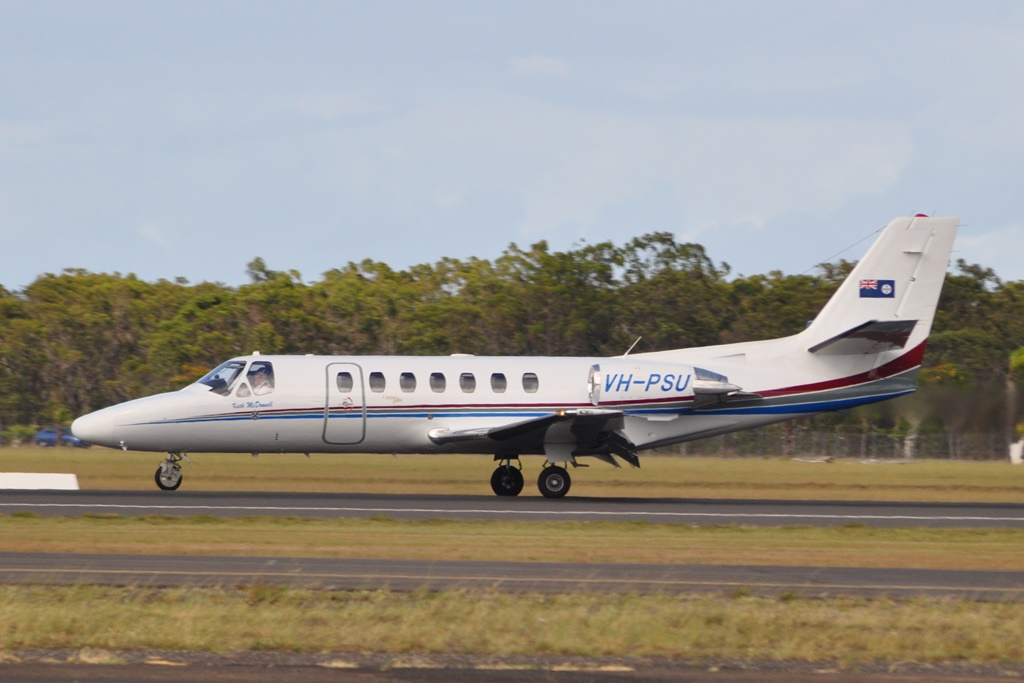 helicopters flying over brisbane with Cq Plane Spotting Historic Spot on Cq Plane Spotting Historic Spot as well Queensland Helicopter Pilot School in addition Some Weekend Action From Rockh ton moreover Helicopter Flights Yanchep in addition A Great Day At New Brisbane West.