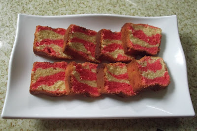 Kek Mentega Strawberi dan Vanila