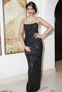 Sonam Kapoor Nirav Modi Jewellery Launch Images Gallery