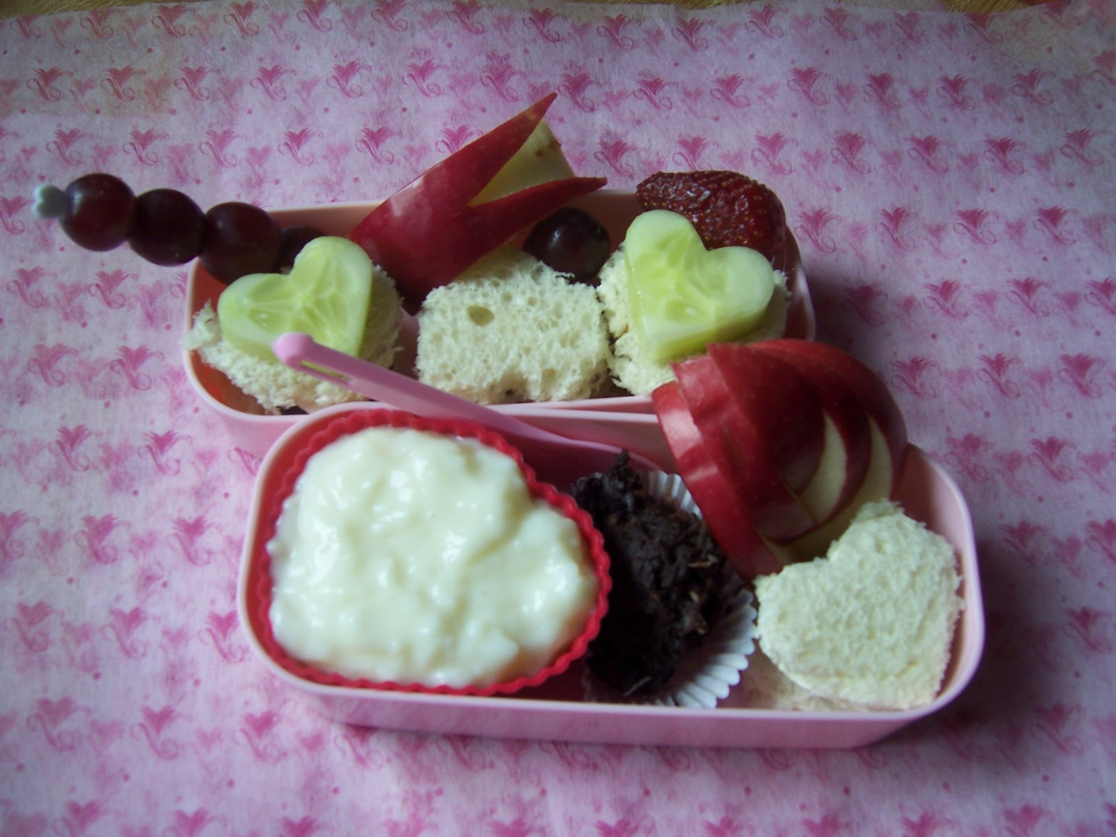 Cucumber Sandwich Hearts (Italian Bread, Cucumbers, Greek Yogurt ...