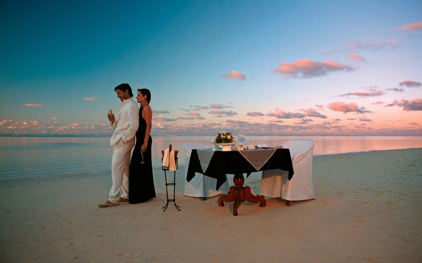Honeymoon packages for mauritius best places to visit in for Best places to go on your honeymoon