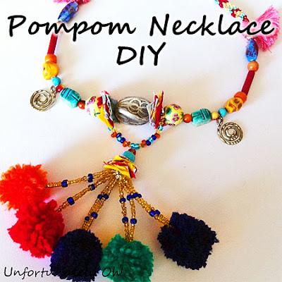 pompom necklace tutorial
